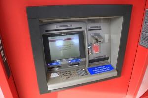 海外でクレジットカードキャッシングする方法と覚えておきたい基礎知識
