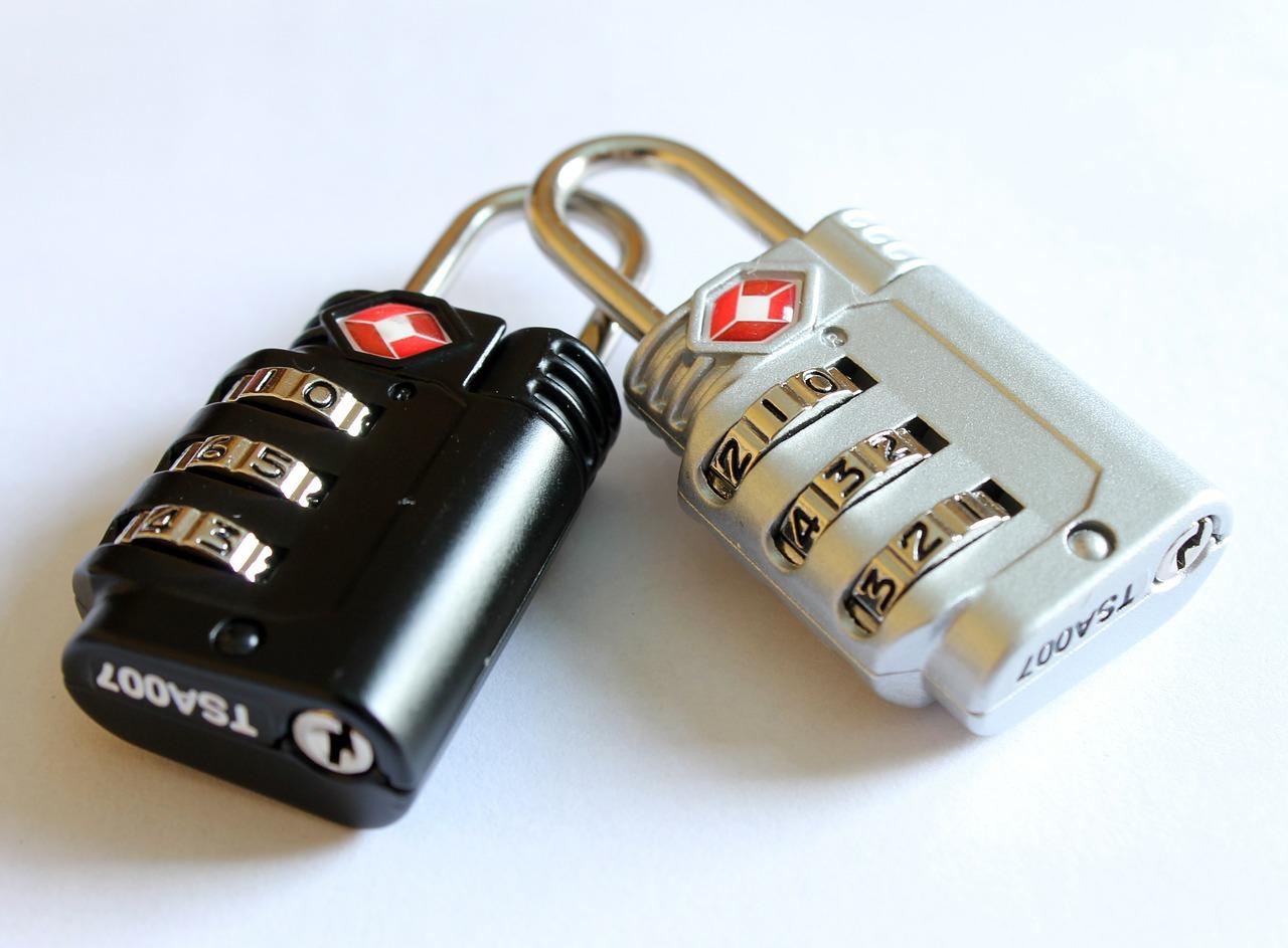 クレジットカードで海外旅行保険が適用される条件【自動付帯と利用付帯の違い】