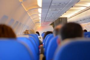 飛行機にあまり乗らない人が効率よくJALマイルを貯められるカード
