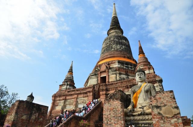 タイ旅行でクレジットカードは必要?タイのクレジットカード事情を解説